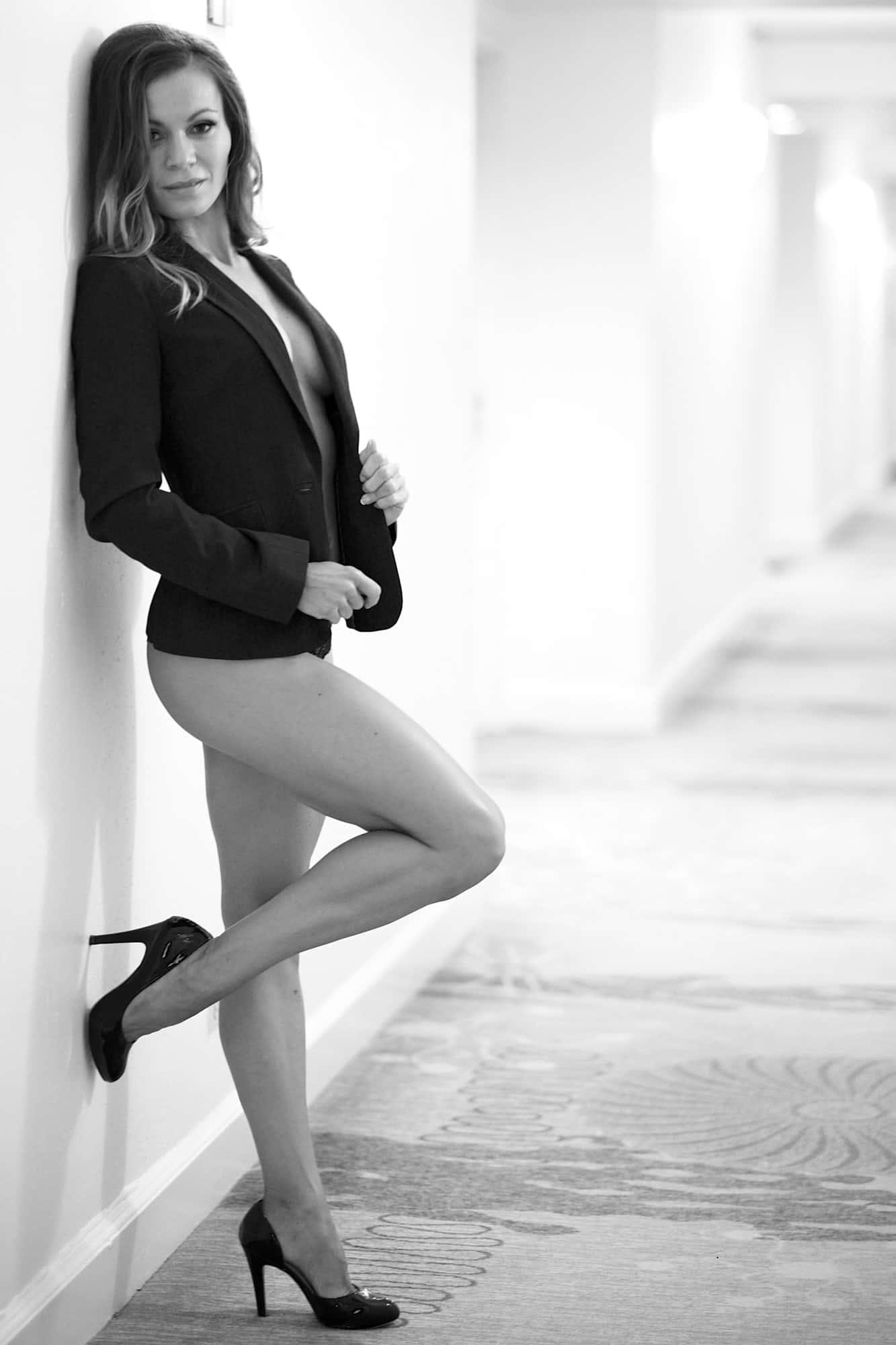 Elegant and Classy Boudoir Photography